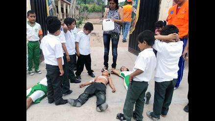 Alumnos se preparan para simulacro de sismo en Moyobamba