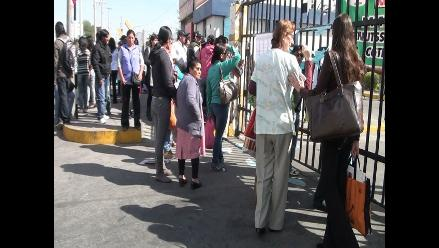 Arequipa: enfrentamientos dejan un trabajador de Salud herido