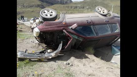La Libertad: pareja de esposos muere en despiste de camioneta