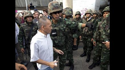 Tailandia: Junta militar hace demostración de fuerza contra los antigolpe