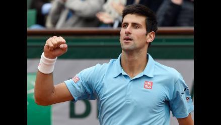 Novak Djokovic supera a Tsonga y avanza a cuartos de Roland Garros