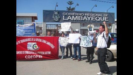 Chiclayo: trabajadores de Cofopri rechazan ser parte del gobierno regional