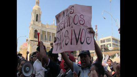 Chiclayo: trabajadores CAS se movilizarán contra la Ley de Servicio Civíl