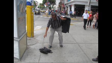 Descarga eléctrica mató a un gallinazo en el centro de Chiclayo
