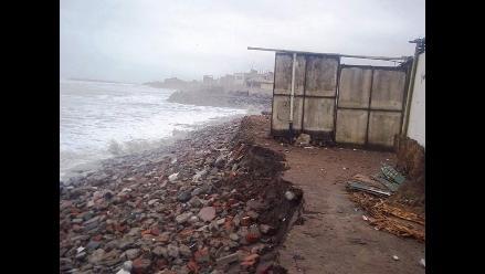 Moche: Alcantarillado en Las Delicias colapsaría por fuerte oleaje
