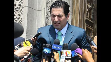 Perú Patria Segura elige a Salvador Heresi como candidato para Lima