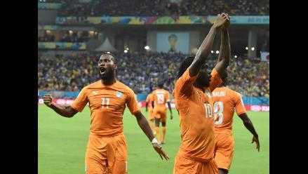 Costa de Marfil de la mano de Drogba venció 2-1 a Japón