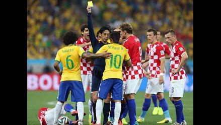Ellos se perderían un partido de Brasil 2014 si reciben una amarilla más