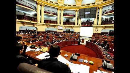 Pleno del Congreso debate intensamente nueva Ley Universitaria