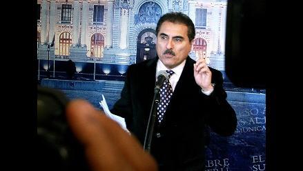 Congreso aprueba suspensión por 120 días al congresista Julio Gagó