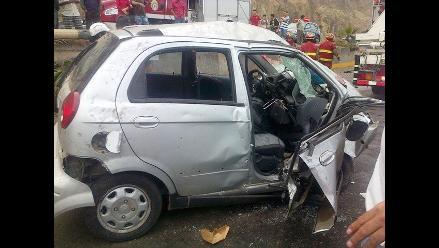 San Miguel: Cuatro jóvenes resultan ilesos tras accidente de tránsito