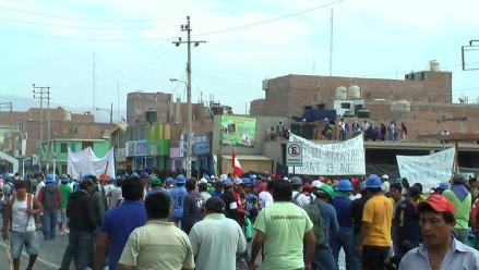 Arequipa: Pobladores de Chala acatan paro contra SEAL