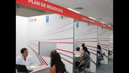 600 emprendedores asisten a clínica de corporación financiera Cofide