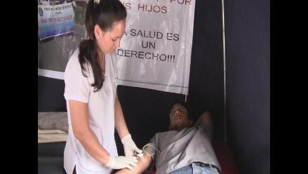 Chiclayo: médicos donan sangre al cumplir casi 40 días en huelga