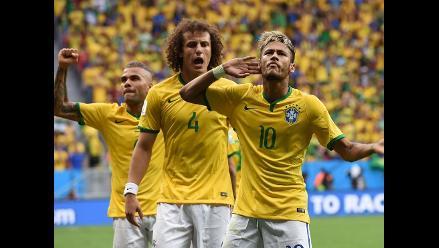 Neymar puso el 1-0 ante Camerún y marcó el gol 100 en Brasil 2014