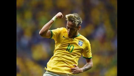 Neymar apareció otra vez y marcó el 2-1 de Brasil ante Camerún en Mundial