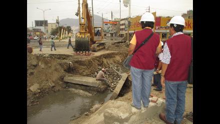 Chimbote: Colegio de Ingenieros inspecciona colapsado dren número 1