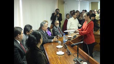 Ecuador: Oficialismo presenta reformas que incluyen reelección indefinida
