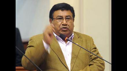 Congreso: Pleno suspende a Alejandro Yovera por 120 días