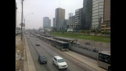 Metropolitano: Bus averiado generó congestión en estación Canaval y Moreyra