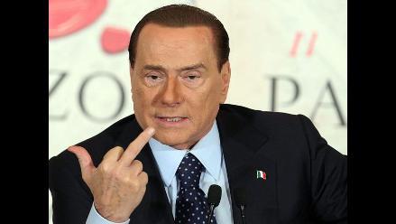 Dictan prisión para periodista que intentó extorsionar a Berlusconi