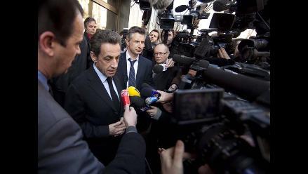 Sarkozy abandona su domicilio tras ser imputado por corrupción