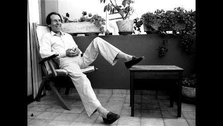 Exposición de homenaje a Julio Ramón Ribeyro en la Caslit