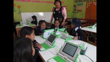 Arequipa: sistema laboral principal problema que afrontan docentes