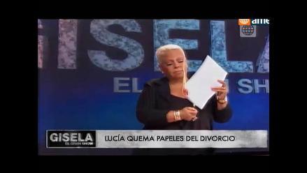 Lucía de la Cruz quemó papeles de divorcio