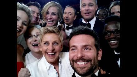 ¿Por qué te haces selfies? Descubre las 5 teorías que te lo explican