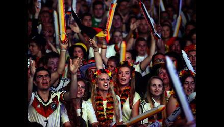 Alemania celebra en las calles de Berlín su histórico partido en Belo Horizonte