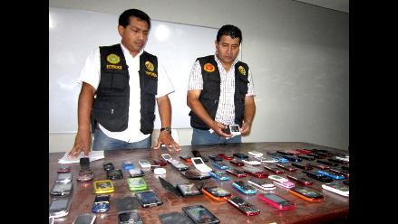 Incautan más de 50 celulares de presunta procedencia ilegal en Iquitos