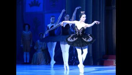 El Lago de los Cisnes regresa luego de 16 años al Teatro Municipal