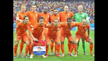 Conoce la probable alineación de Holanda en semifinal ante Argentina