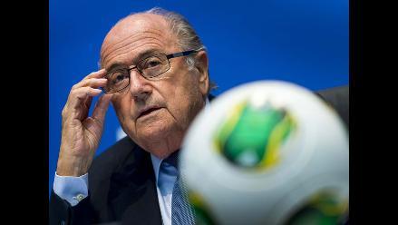 Piden a la FIFA acciones contra la homofobia en el fútbol