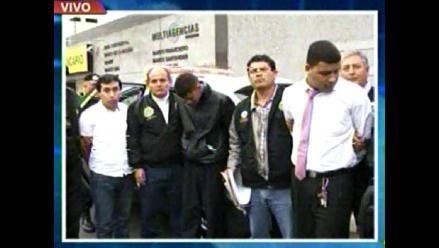 Capturan a estafadores cuando intentaban retirar S/.750 mil de bancos