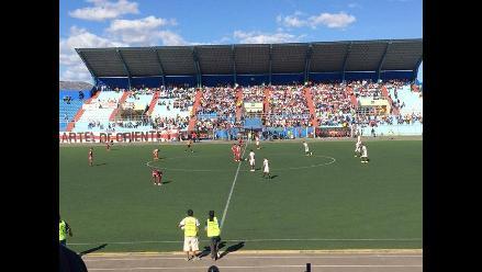 Universitario perdió 2-1 ante UTC en Cajamarca y pone en riesgo la punta