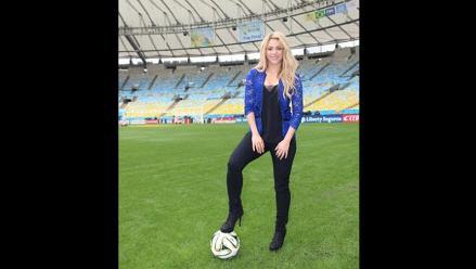 Shakira publica foto en césped del Maracaná para final de Brasil 2014