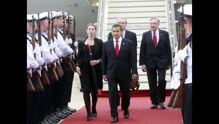 Ollanta Humala llega a Berlín para reunirse con Angela Merkel