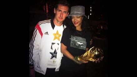 Rihanna se unió a festejo de Alemania por obtención del título mundial