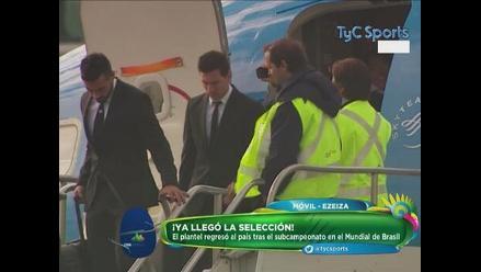 Argentina regresó a Buenos Aires tras quedar subcampeón en Brasil 2014