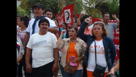 Yurimaguas: docentes que tomaron gobierno subregional realizan vigilia