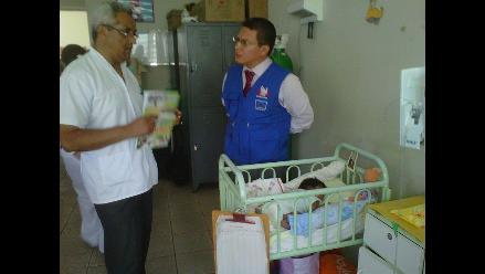 Tumbes: abandonan a bebé recién nacido en la puerta de una casa