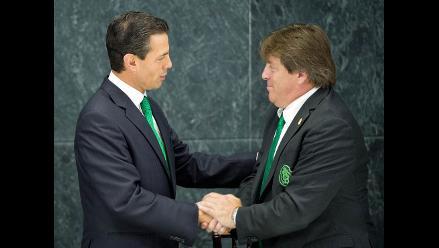 Presidente de México aprobó renovación de Miguel Herrera como DT