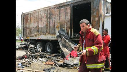 Arequipa: dan de alta a bombero herido en deflagración de cisterna