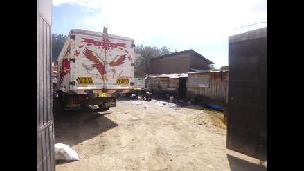 Andahuaylas: hallan vehículos requisitoriados en talleres mecánicos