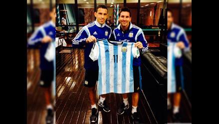 Selección Argentina le envió camiseta firmada al Papa Francisco