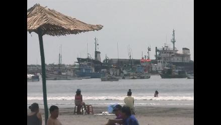 Trujillo: oleaje interrumpe descarga de fertilizantes en Salaverry
