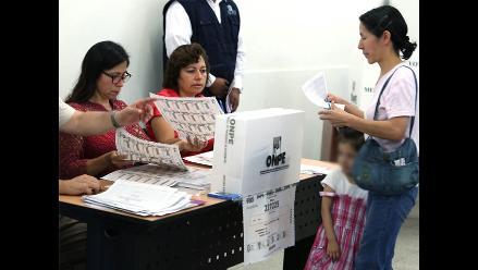 Chimbote: tres regidores piden licencia para postular en elecciones