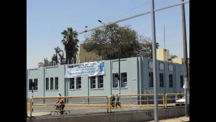 Hospital Dos de Mayo negó que bebé corra riesgo de perder su mano